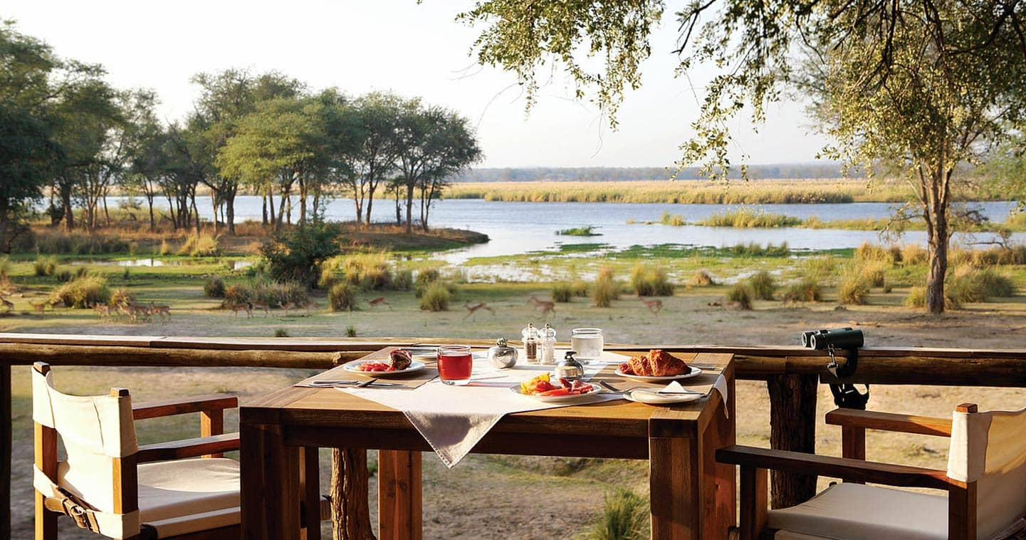 Breakfast at Anabezi Camp with View over the Zambezi River