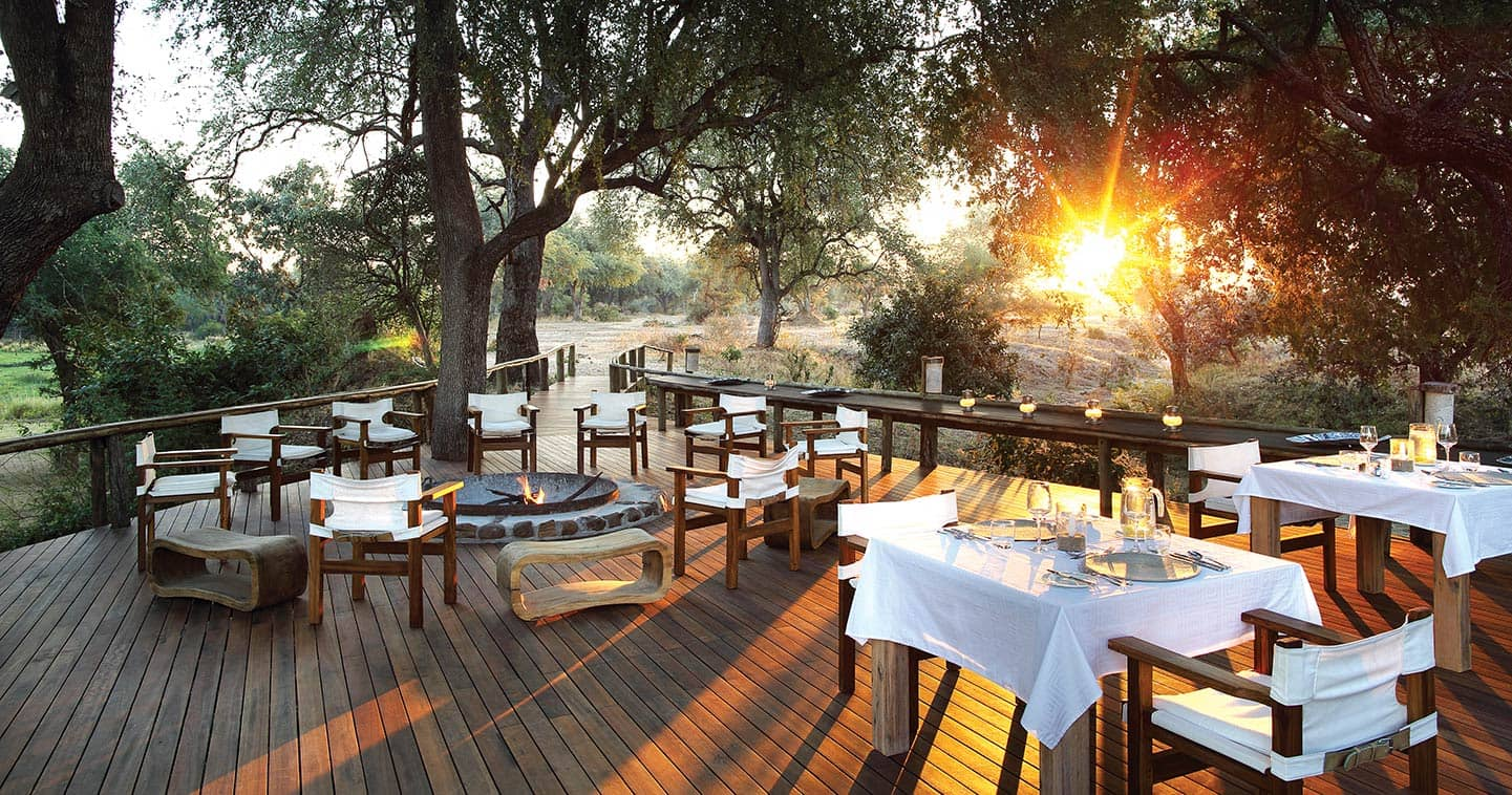 Enjoy a Romantic Dinner in Anabezi Camp