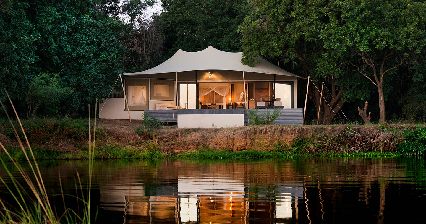 Sleep over in Sausage Tree Camp for the Ultimate Safari Experience in the Lower Zambezi National Park